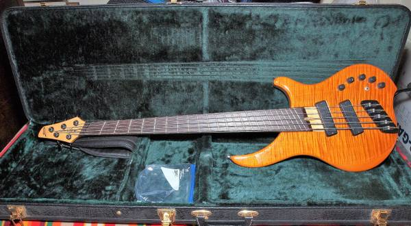 DINGWALL Afterburner 5-string bass Guitar