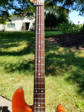 Fender Hot Rod 2000 bass guitar